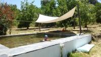 Het ecologisch zwembad bij onze logies