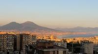 Het uitzicht vanaf het terras met de Vesuvius