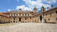 Certosa di San Lorenzo bij Padula